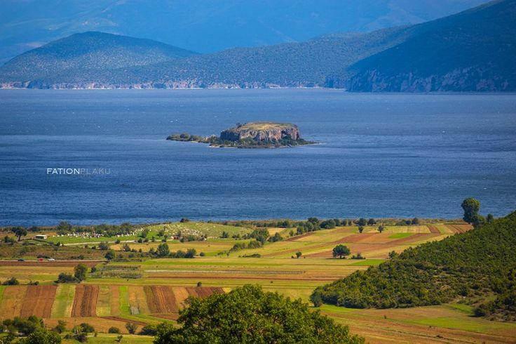 Maligrad Island. Liqenas. Prespa Lake. Korce