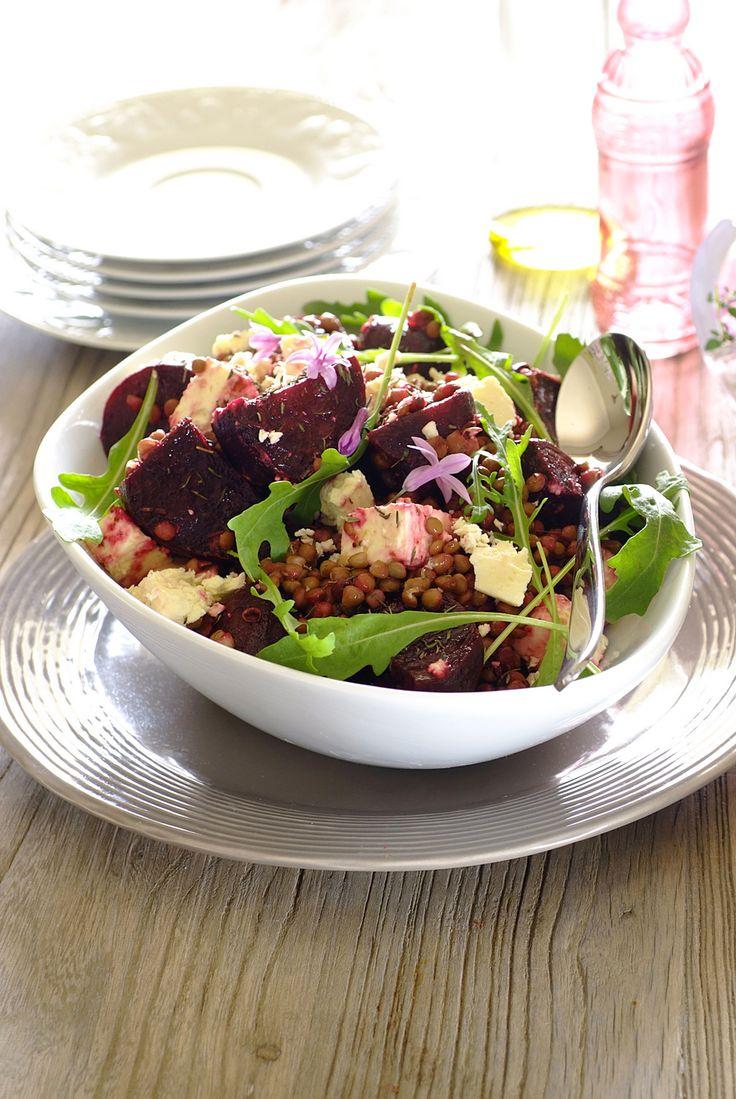 Roasted Beetroot, Lentil & Feta Salad! A wonderful all-year-round dish bursting with nourishment.  #Knorr #Salads #Vegetarian