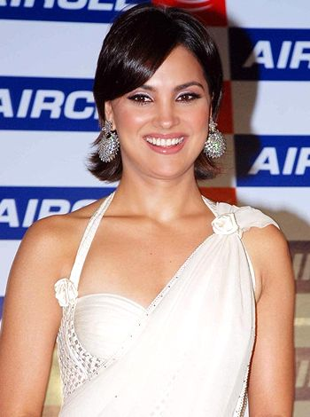 Lara Dutta begins with the work for Chalo Dilli's sequel!