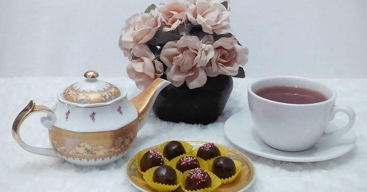 Biscuity Chocoffee Truffles Recipe. Resep camilan manis dan lezat, praktis dibuat tanpa perlu memanggang dengan bahan dasar biskuit susu. www.labollatorium.com