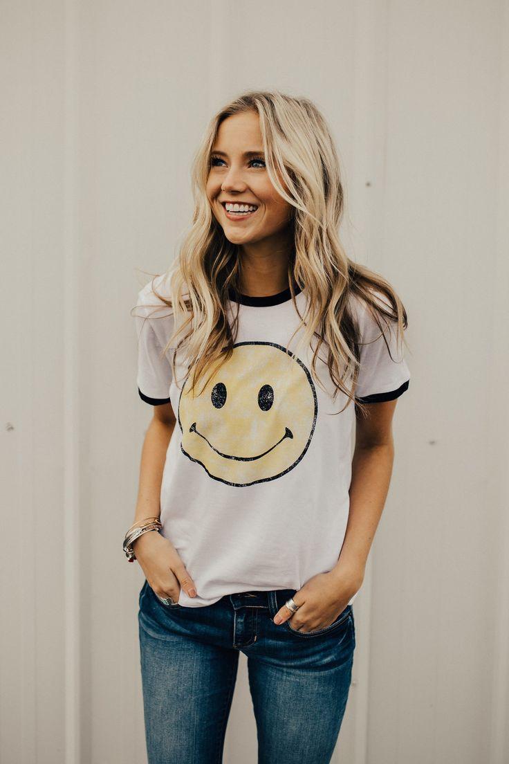 You Make Me Smile Print Tee | ROOLEE