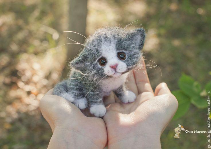 Купить Котенок... - серый, котенок, валяный котенок, котенок из шерсти, трогательный, юлия мартынова, кот