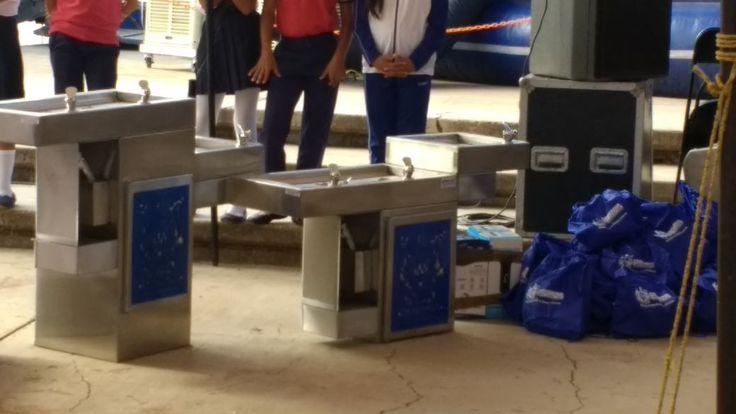 Apoya Maru Campos a primaria con pintura, impermeabilizante y 250 pares de zapatos | El Puntero