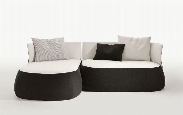 Più spazio in soggiorno con i divani ad angolo piccoli! E tutto ciò senza rinunciare a stile e design! http://www.arredamento.it/divani-ad-angolo-piccoli.asp #divaniadangolo #divani #consiglisoggiorno