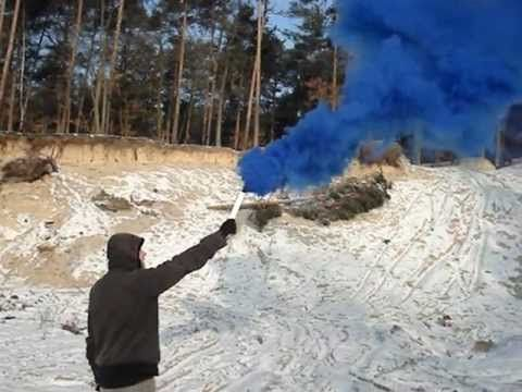 The Best Smoke Flares Ideas On Pinterest Pink Smoke Bomb - Attaching colourful smoke to drones has spectacular results