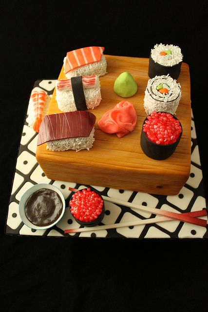 Sushi Cake demo by Andrea's SweetCakes, via Flickr