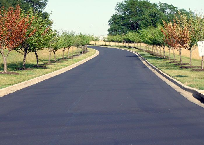Tremendous #asphalt and #paving work in different styles by asphalt #contractor in #NY. #AsphaltContractor Go to details: http://www.grconstructionusa.com/asphalt-driveway/