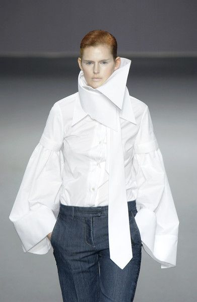 Viktor & Rolf Fall 2003 - don't like the color but love the rest