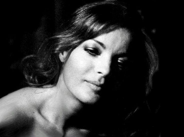 Helga Kneidel • Romy Schneider in Paris Mai 1973 # 3