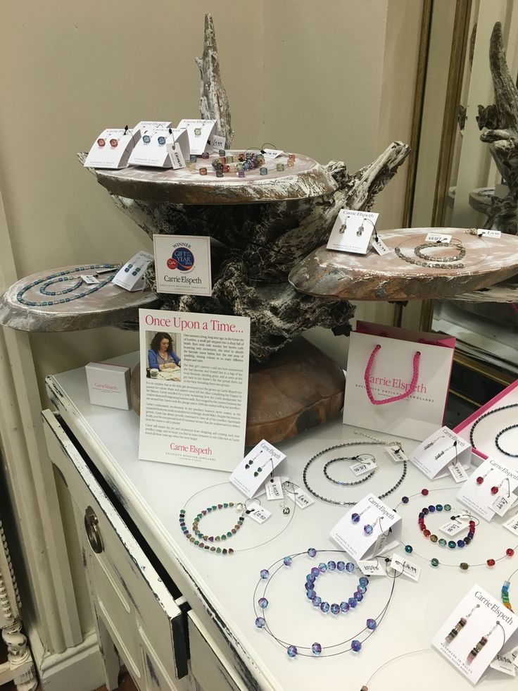 Carrie Elspeth jewellery display at the new nest.