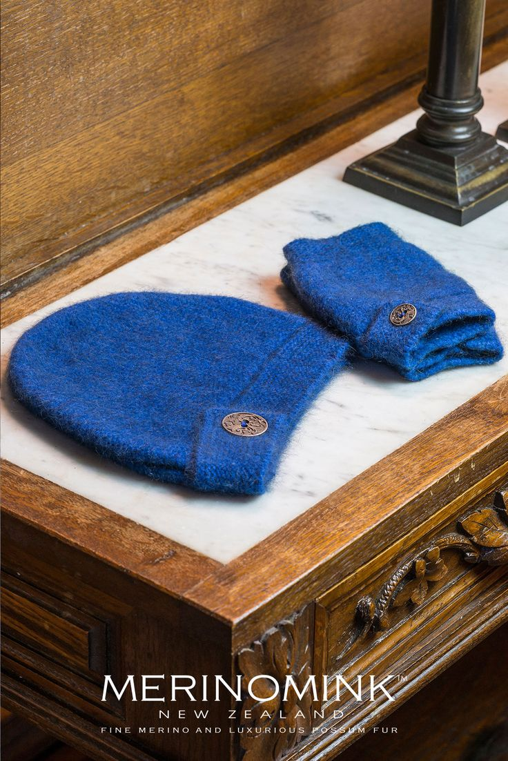 The perfect gift from New Zealand – these stylish merinomink button up handwarmers feature a koru inspired button to finish the look of these super cosy gloves. Match it back with the button up hat. Merinomink™ is an exclusive blend of 100% natural fibres - fine Merino wool and luxurious Brushtail Possum fibre, blended with silk for strength, and with angora added for lighter colours.