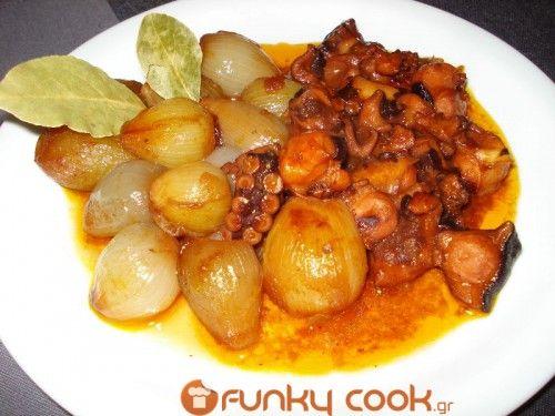 xtapodi stifado: Seafood