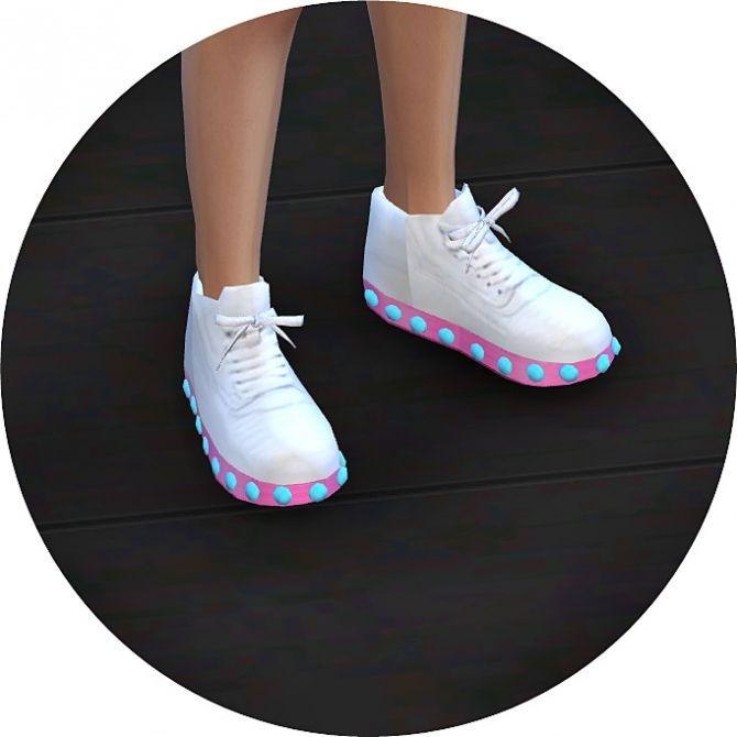 V1 light emission sneakers at Marigold via Sims 4 Updates
