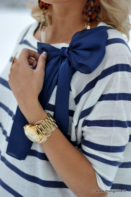 Stripes and a bow. What could be better?