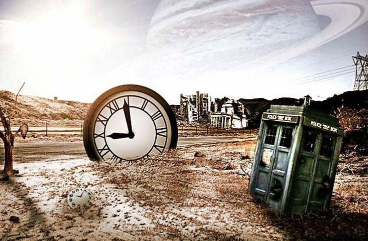Time Machine  Ανοίγεις την πόρτα και μπαίνεις σε μία άλλη εποχή! Το νέο δωμάτιο του TheMindtrap σε στέλνει σε μία διαφορετική χρονική περίοδο από την οποία καλείσαι να επιστρέψεις πριν να είναι πολύ αργά και παγιδευτείς εκεί για πάντα! Ποιος θα αντισταθεί σε μια δοκιμή της χρονομηχανής του TheMindtrap; Σε αυτό το δωμάτιο οι γρίφοι θα σου δείξουν τον τρόπο να γυρίσεις τον χρόνο πίσω και να επιστρέψεις στην πραγματικότητα μέσα σε μία ώρα.  Εταιρία: The Mindtrap Περιοχή: Μητροπόλεως 74, Αθήνα