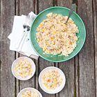 Een heerlijk recept: Rijstsalade met doperwten maïs en tonijn
