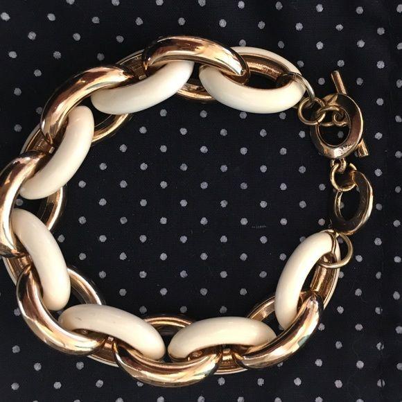 ⚓️SALE⚓️NAUTICAL  BRACELET . Wht & Gold PREPPY BRACELET !! VON MAUR  Jewelry Bracelets