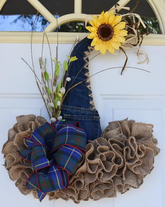 FALL/THANNKSGIVING Scarecrow Wreath, Scarecrow Hat, Burlap Decor, Fall Wreath, Sunflower Door Hangin