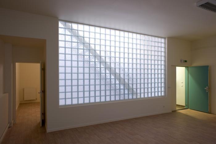 Mur en pav de verre archiref extension pinterest - Pave de verre isolant thermique ...