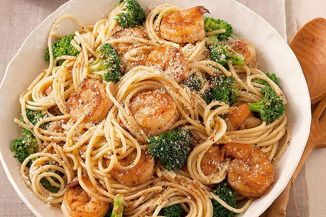 Spaghetti aux crevettes à l'ail et au brocoli