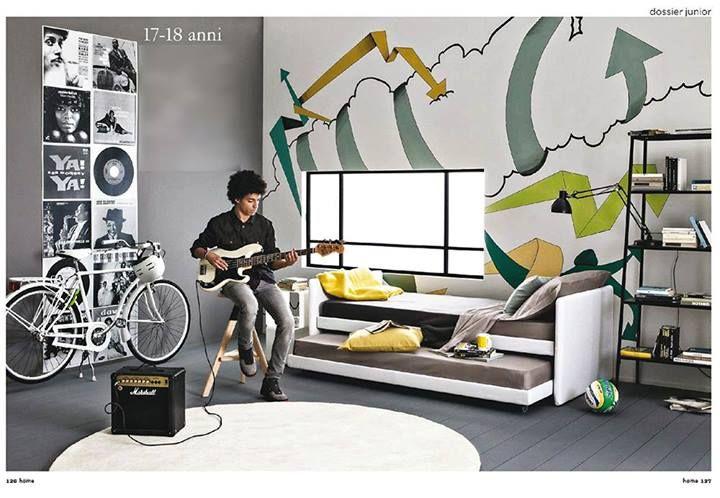 """Duetto by Flou: """"musica e graffiti per un ingresso in grande stile nell'età adulta"""" // Duetto: """"music and graffiti for a stylish manhood beginning"""".  (Credits: SPAZIO JUNIOR - HOME – maggio 2013 – Cristina Nava – Foto Stefania Giorgi)   #Beds #Bedroom #Letto #InteriorDesign #HomeDecor #Design #Arredamento #Furnishings #Kids"""