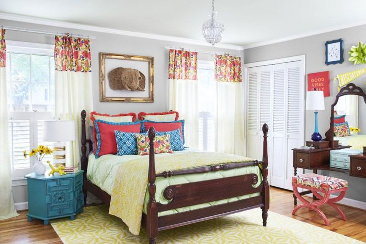 Old-fashioned furniture doesn't have to look stuffy. The proof is in this house from HGTV Magazine!