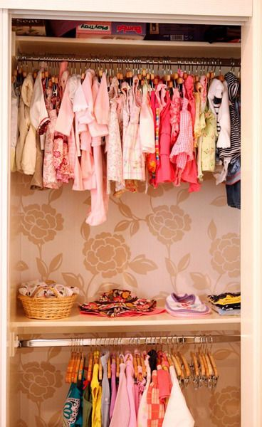 Great idea for a fabulous looking kids (or adults!) closet! - Wallpaper the closet!