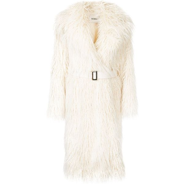 Goen J Oversized Faux Fur Coat 1 805 Liked On Polyvore Featuring Outerwear Coats White Oversi Oversized Faux Fur Coat Faux Fur Coat White Faux Fur Coat