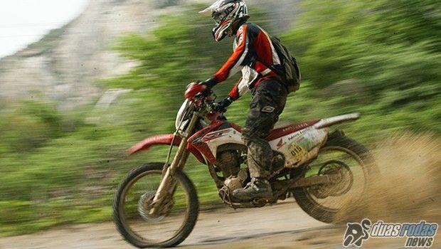Rally Cerapió: prova retornou às origens e levou competidores a enfrentarem os obstáculos do sertão central em um percurso de mais de 1.300 Km