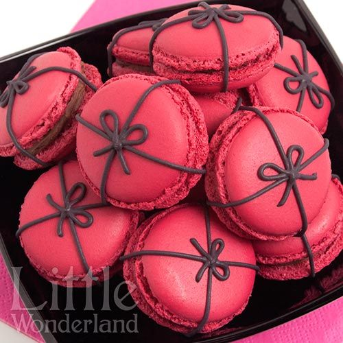 Macarons de frambuesa y chocolate | Little Wonderland
