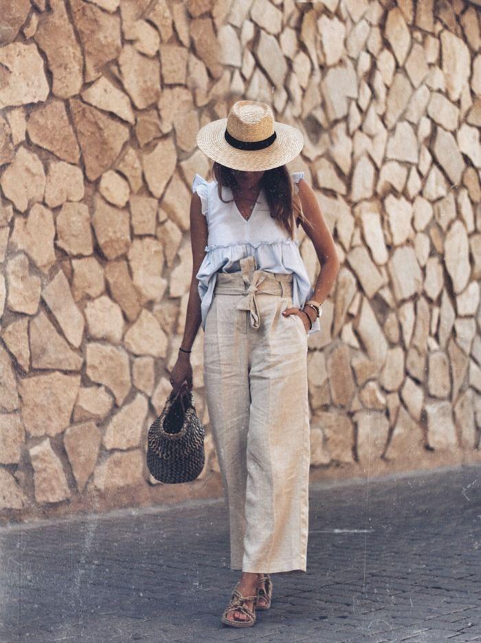 Como Combinar Un Pantalon De Lino Beige Moda Pantalones De Lino Atuendo Minimalista