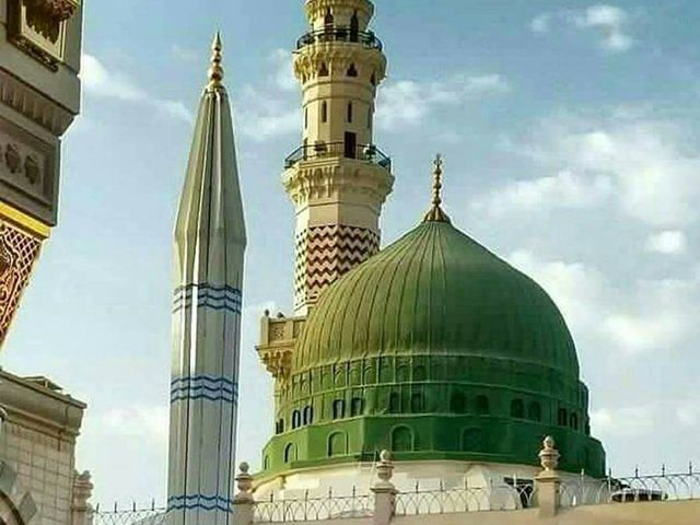 #Umrah is the supreme aim and acknowledgment for #Muslims. Dawntravels.com has tips and proposals for the parents to go to Umrah with #Family #Kids.