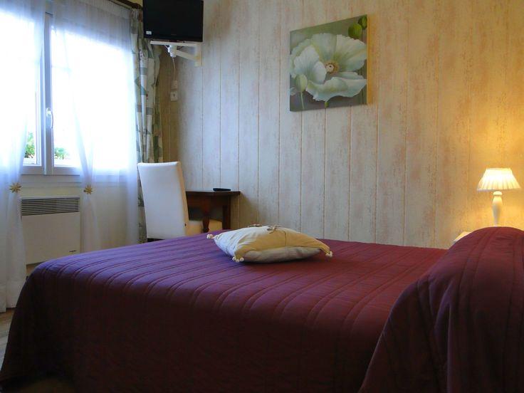 Chambre confort de 14 m² sur Oléron. www.hotel-lenautile.fr