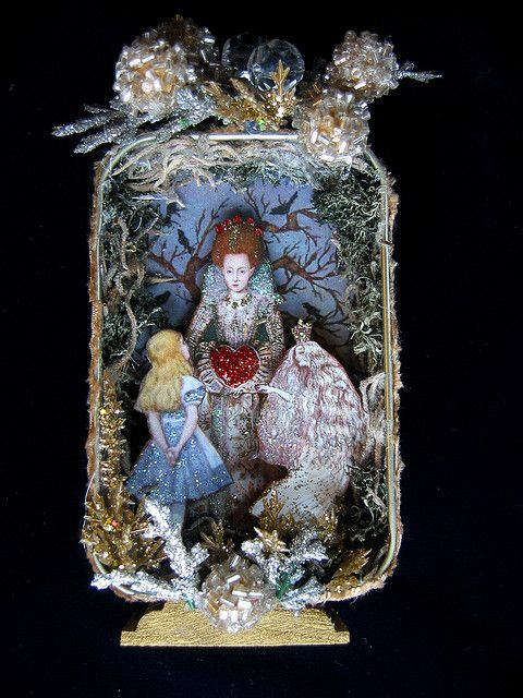 Alice Meets with the Queens altered tin by fairydustedmermaids on Flickr Gorgeous