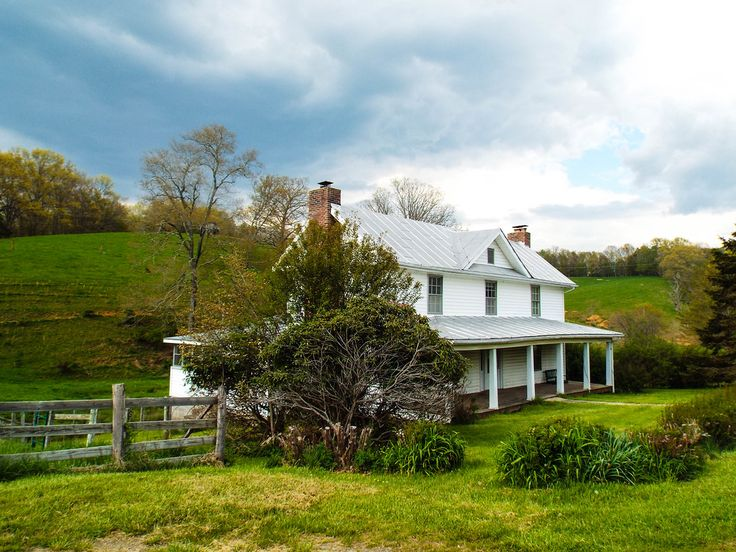31 best images about farmhouses cabins in the blue ridge for Cabins for sale blue ridge mountains
