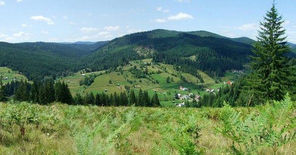 Top 3 trasee de munte inedite pentru vara