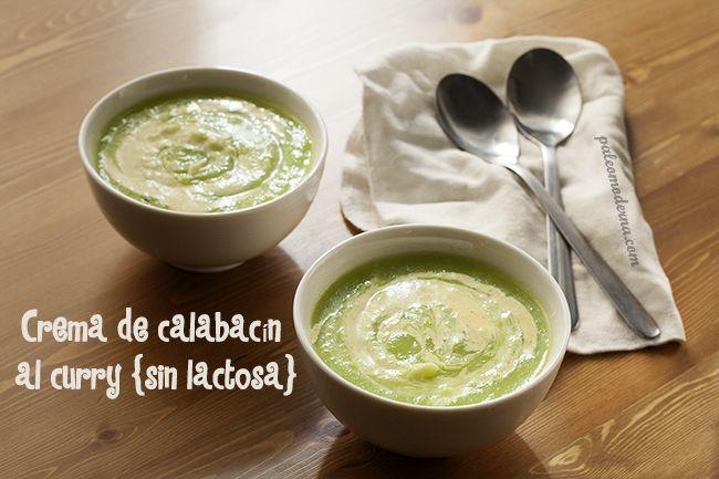 Receta de crema de calabacín al curry. Receta Paleo, whole30, sin lactosa, muy sencilla y rápida de hacer .