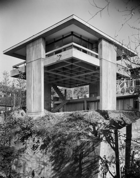 Kikutake's Sky House: Where Metabolism & Le Corbusier Meet