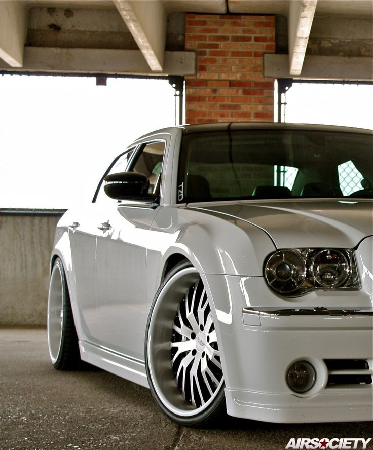 1000+ Ideas About Chrysler 300 Srt8 On Pinterest