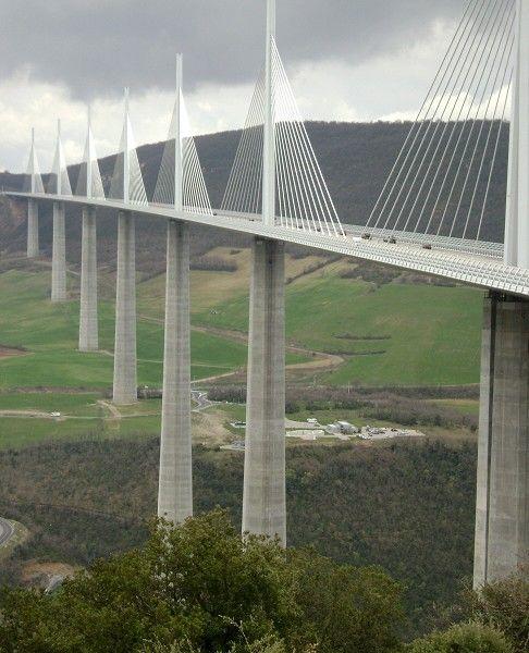 Viaduc de Millau, France