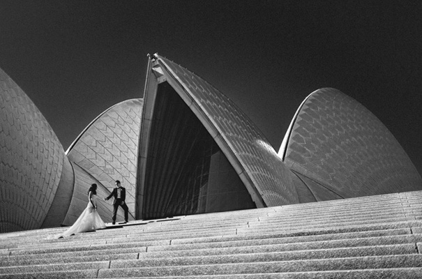 Sydney Opera House wedding. Photo by Jonas Peterson Photography