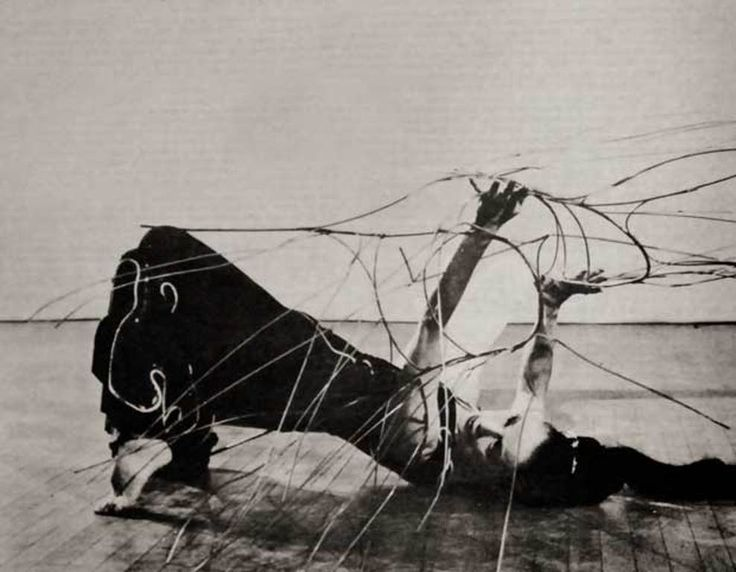 "madivinecomedie: "" Martha Graham and Noguchi's wire sculpture as Medea in Cave of the Heart, 1946 See also """