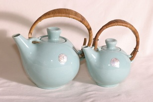 Vintage tea set by Kupittaan Savi, Finland I've got a pair like this in our diningroom but only in greener colour.