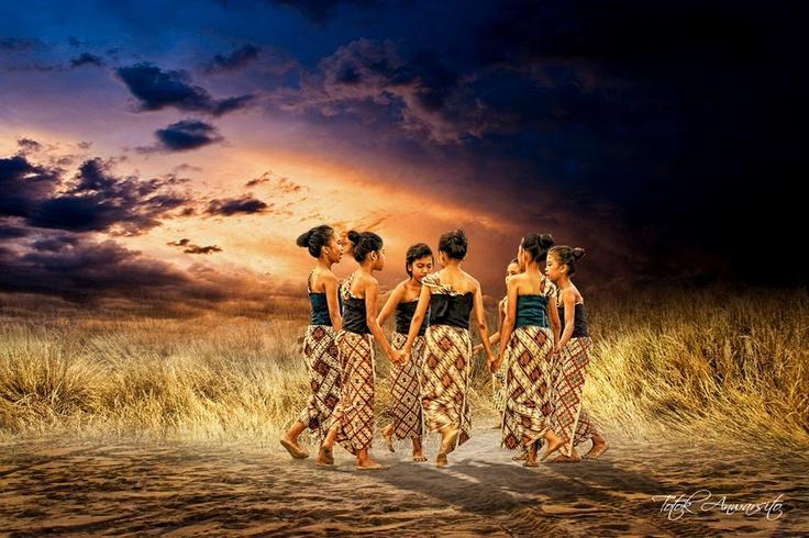 Digital Imaging by : Totok Anwarsito