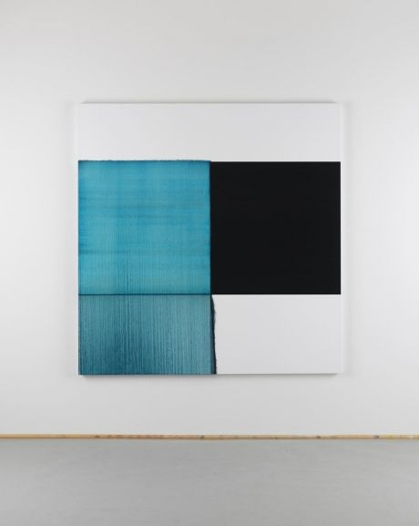 Callum Innes Exposed Painting Oriental Blue, 2013 Oil on linen 180 x 175 cm