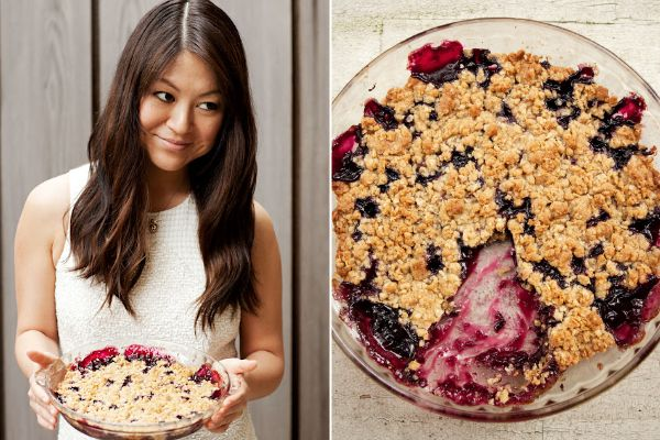 berry crunch: Summer Recipe, Summer Desserts, Blueberries Crumbl, Blueberries Cobblers, Belle Crunches, Belle Desserts, Blueberries Crunches, Simple Blueberries, Blueberries Belle