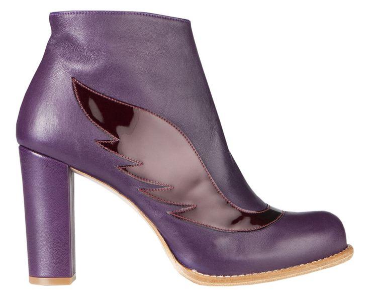 Leather upper Leather lining Leather sole Heel height 9 cm, hidden platform 1,5 cm