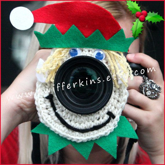 For a photographer who works with children on a regular basis this camera buddy can help you capture the childs attention and look at the camera and be an asset to your Christmas photo shoots!  The Christmas lens buddy will fit over several different sizes of lenses. (If you need one larger then normal, let me know and I can make a larger one) Made with an elastic in the middle it stretches nicely and fits your lens snug. Shown photographed on a 28-75 mm lens  SHIPS OUT WITHIN 5 -7 days  If…