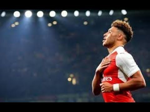Arsenal Transfer News: Alex Oxlade-Chamberlain to hold crunch talks with club tomorrow