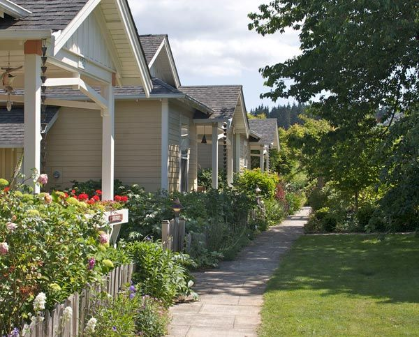 Pocket Neighborhoods: Creating Small-Scale Community in a Large-Scale ...